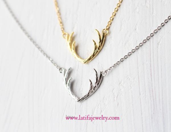 kalung emas putih. liontin kalung unik, lintin kalung simple, liontin tanduk rusa, emas, perak, palladium