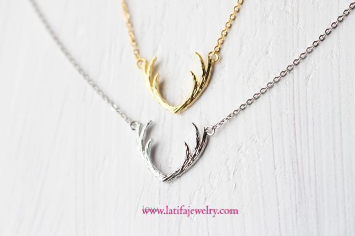 liontin emas putih, kalung emas putih. liontin kalung unik, lintin kalung simple, liontin tanduk rusa, emas, perak, palladium