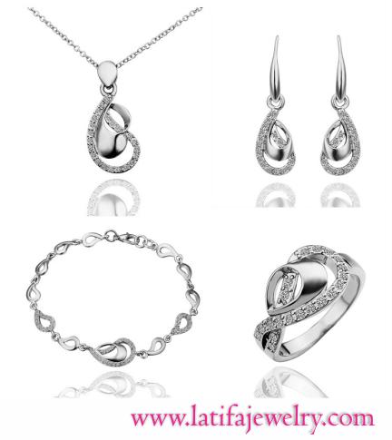 perhiasan lamaran,perhiasan untuk lamaran,kotak perhiasan lamaran,tempat perhiasan lamaran,perhiasan buat lamaran,perhiasan saat lamaran,set perhiasan lamaran,perhiasan emas untuk lamaran,perhiasan imitasi tahan lama,satu set perhiasan lamaran,perhiasan lama,perhiasan perak tahan berapa lama,perhiasan xuping tahan berapa lama