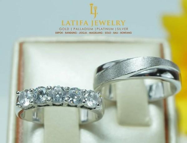 cincin tunangan emas, cincin nikah palladium, cincin kawin emas perak 925, cincin couple platinum, cincin kawin palladium, cincin tunangan emas, bikin cincin kawin, pin emas